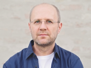 Pressebild_Klaus-CaesarZehrer_cFoto-Steffi-Rossdeutscher-Diogenes-Verlag_72dpi